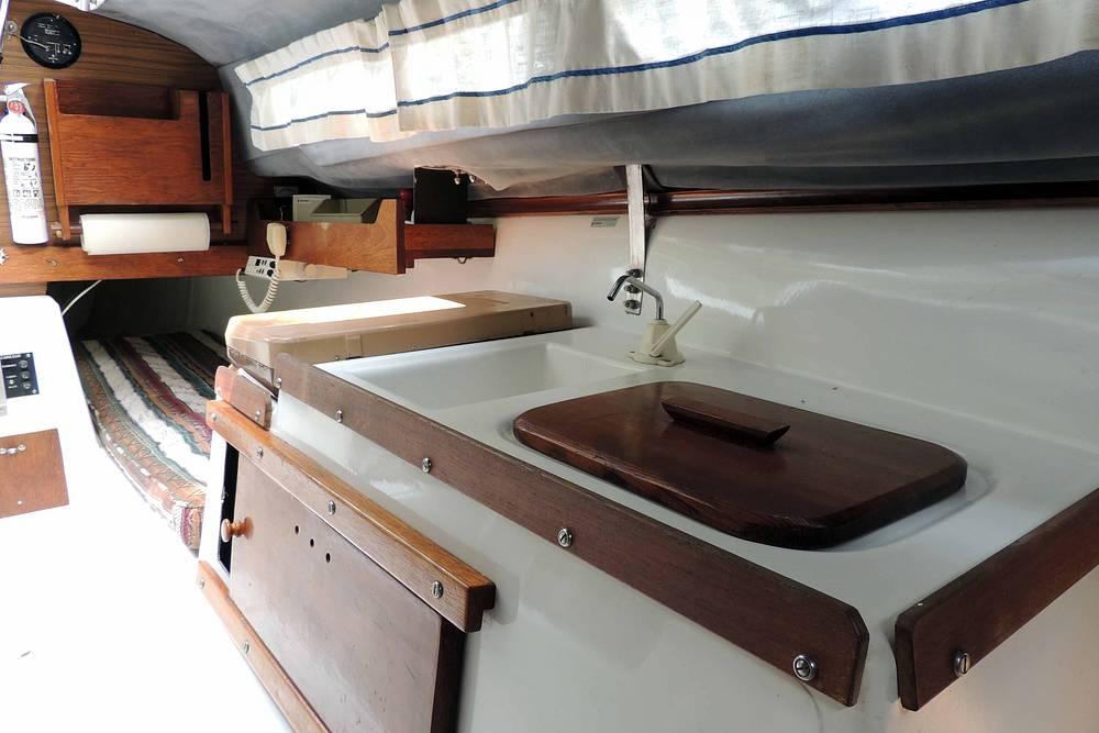 1978 Macgregor boat for sale, model of the boat is Venture 25 & Image # 28 of 40