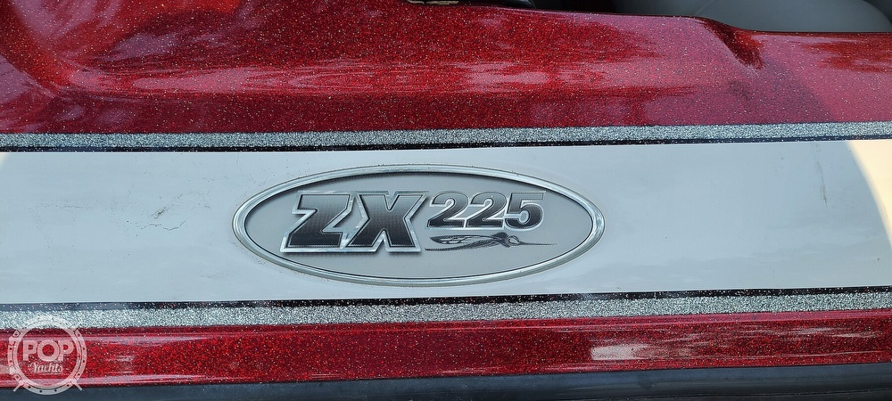 2004 Skeeter boat for sale, model of the boat is ZX225 & Image # 4 of 40