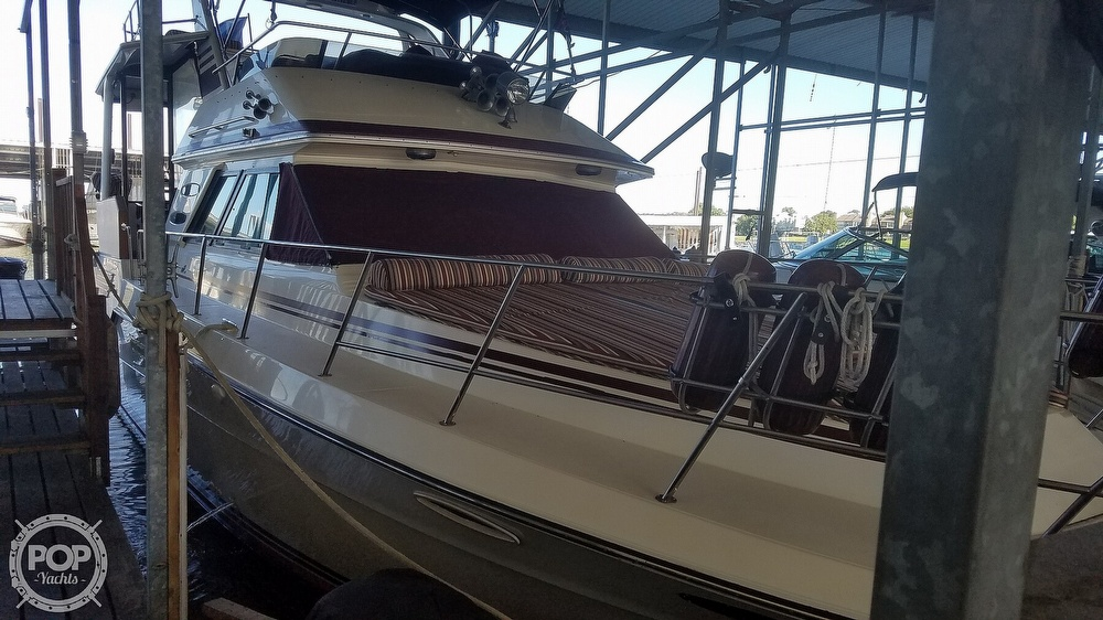 1987 Sea Ray boat for sale, model of the boat is 410 Aft Cabin & Image # 4 of 40
