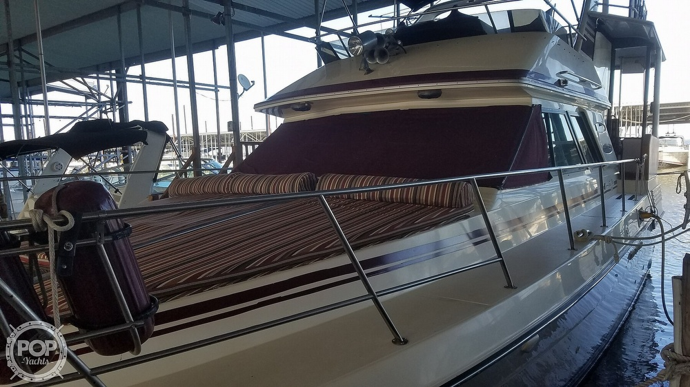 1987 Sea Ray boat for sale, model of the boat is 410 Aft Cabin & Image # 23 of 40