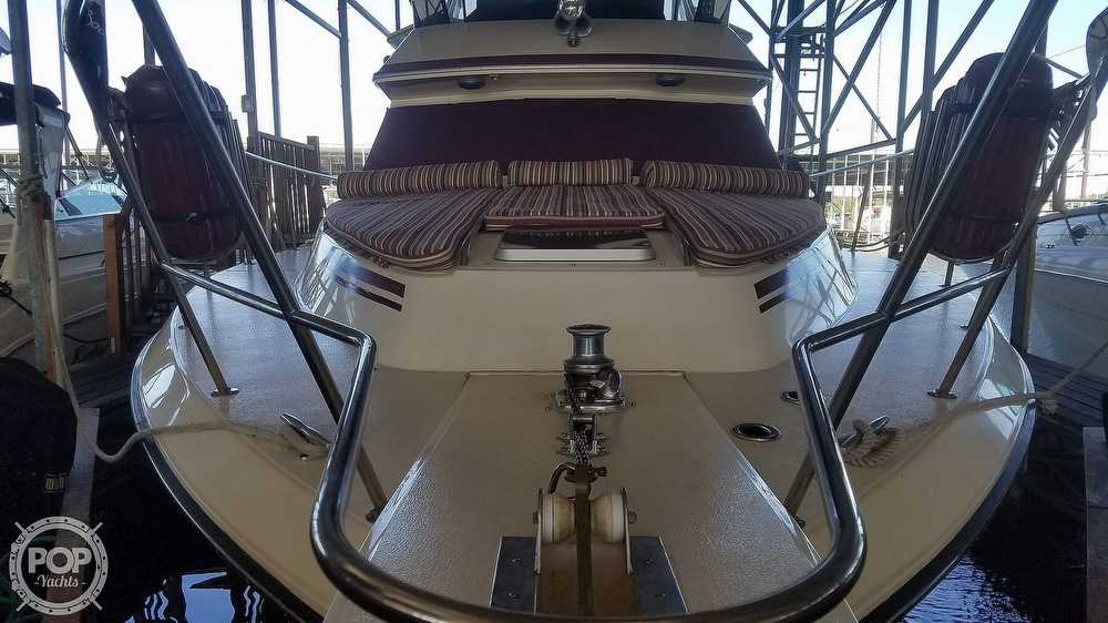 1987 Sea Ray boat for sale, model of the boat is 410 Aft Cabin & Image # 29 of 40