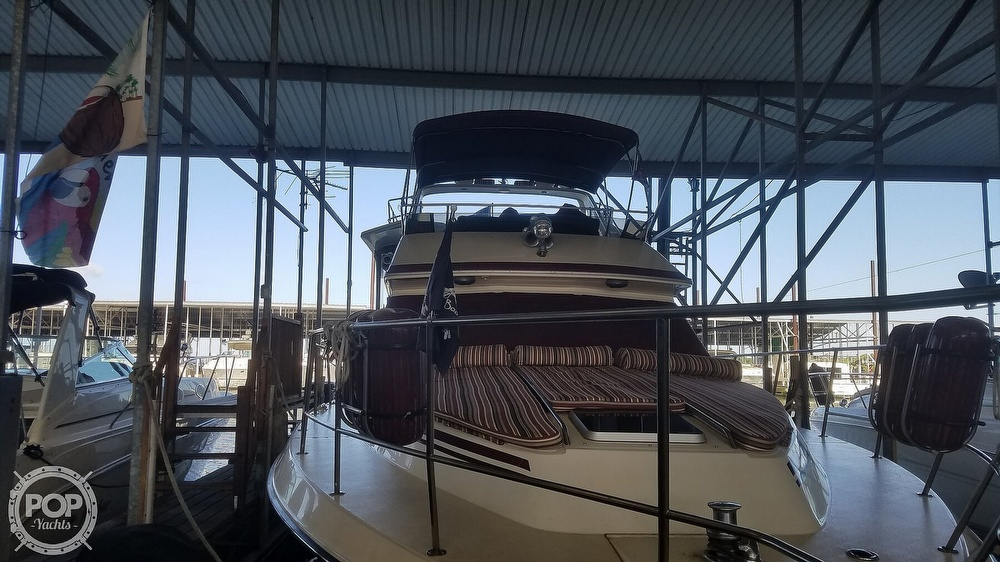 1987 Sea Ray boat for sale, model of the boat is 410 Aft Cabin & Image # 32 of 40