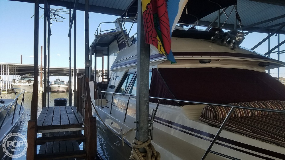 1987 Sea Ray boat for sale, model of the boat is 410 Aft Cabin & Image # 36 of 40