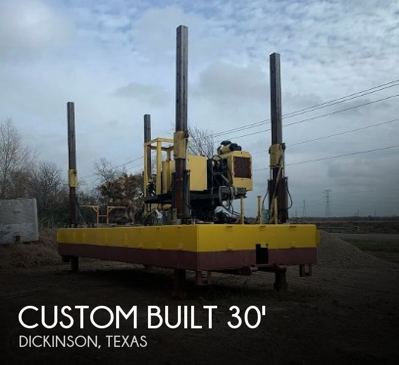 2014 Custom boat for sale, model of the boat is 30x11 Barge & Image # 1 of 40