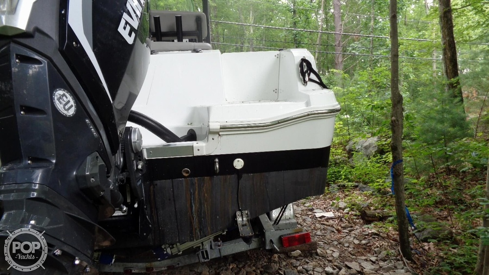 2020 Wellcraft boat for sale, model of the boat is 222 Fisherman & Image # 16 of 40