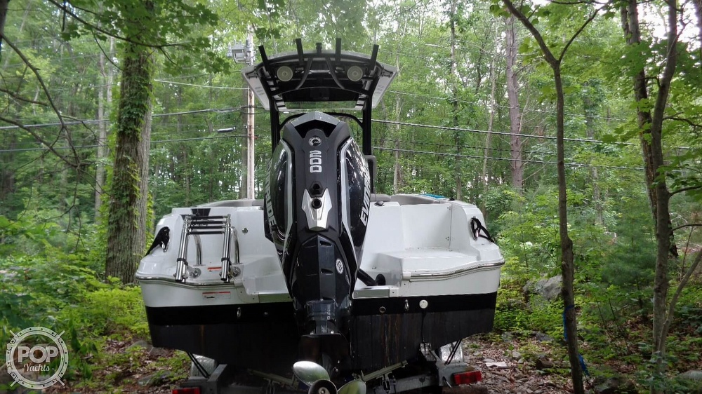 2020 Wellcraft boat for sale, model of the boat is 222 Fisherman & Image # 17 of 40