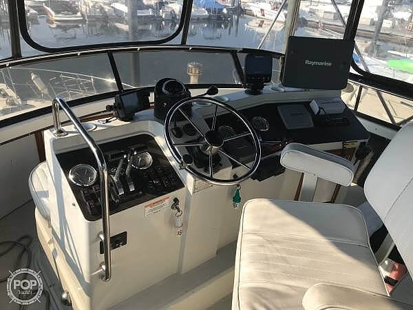 1988 Carver boat for sale, model of the boat is 3807 & Image # 10 of 40