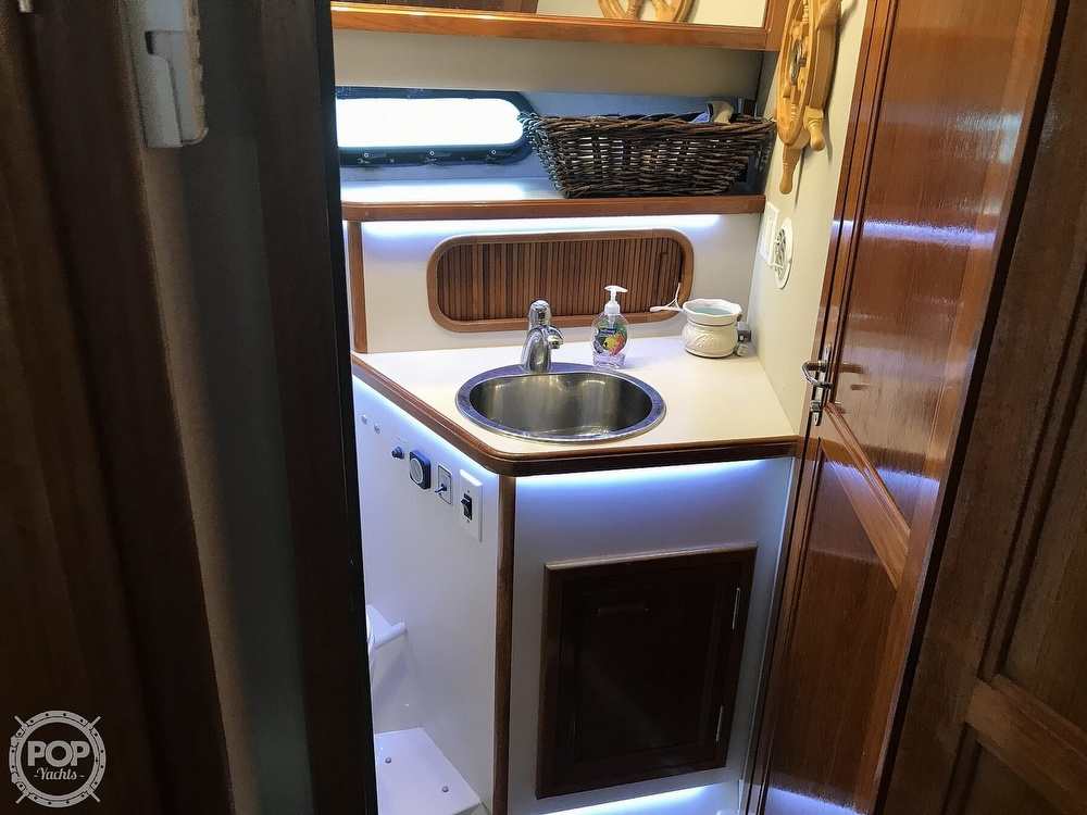 1988 Carver boat for sale, model of the boat is 3807 & Image # 27 of 40