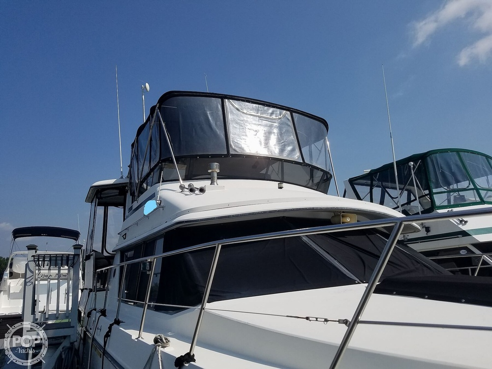 1988 Carver boat for sale, model of the boat is 3807 & Image # 2 of 40