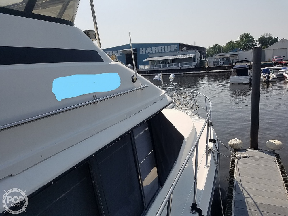 1988 Carver boat for sale, model of the boat is 3807 & Image # 5 of 40