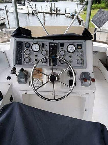 1988 Luhrs boat for sale, model of the boat is 342 Tournament & Image # 6 of 40
