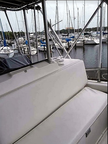 1988 Luhrs boat for sale, model of the boat is 342 Tournament & Image # 7 of 40