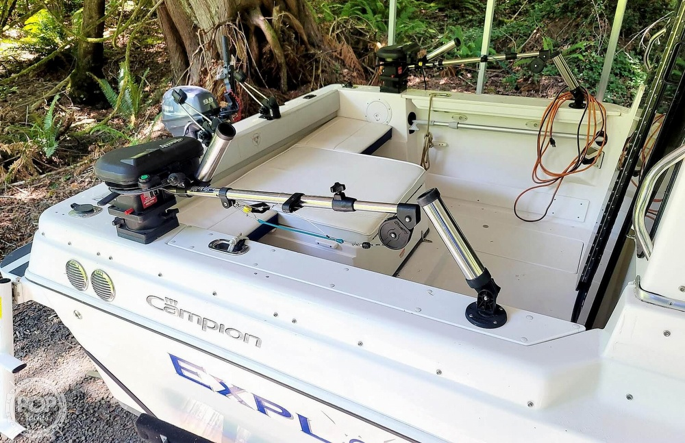 2005 Campion boat for sale, model of the boat is Explorer 622I & Image # 8 of 40