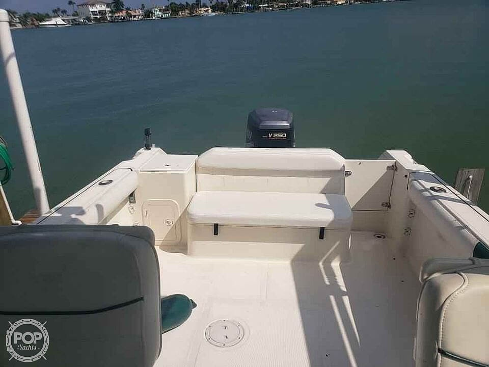 2000 Pursuit boat for sale, model of the boat is 2470 WA & Image # 5 of 40