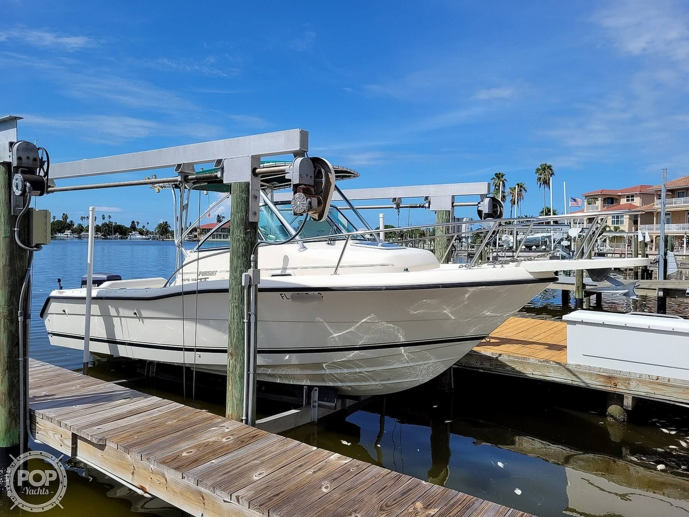 2000 Pursuit boat for sale, model of the boat is 2470 WA & Image # 7 of 40