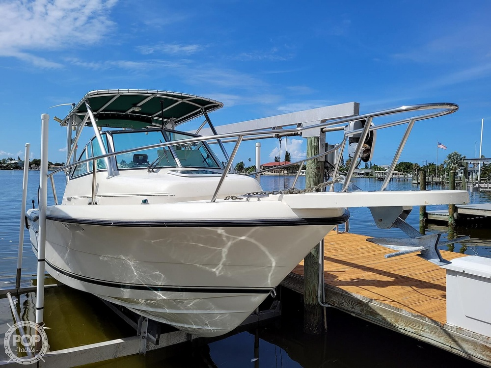 2000 Pursuit boat for sale, model of the boat is 2470 WA & Image # 8 of 40