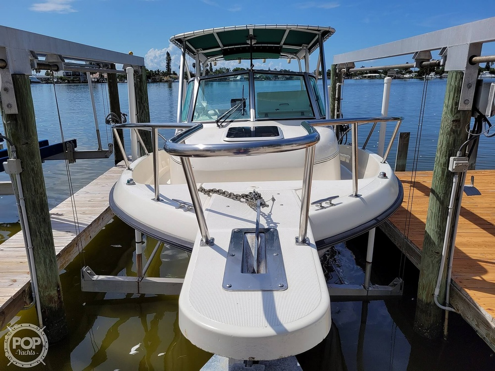 2000 Pursuit boat for sale, model of the boat is 2470 WA & Image # 9 of 40