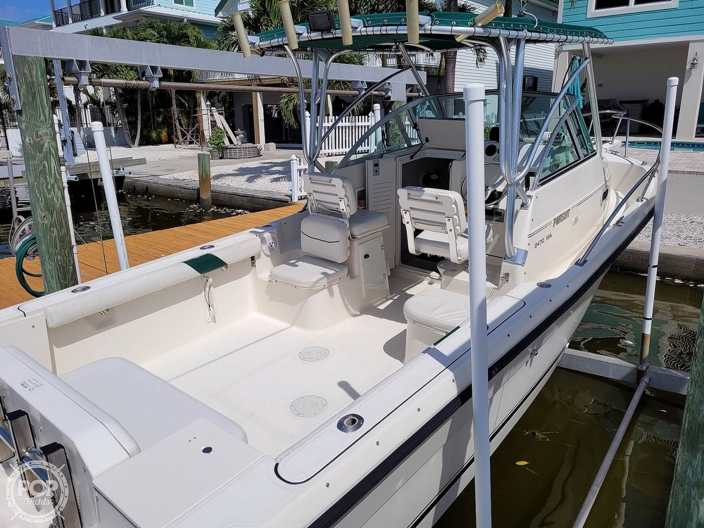 2000 Pursuit boat for sale, model of the boat is 2470 WA & Image # 11 of 40