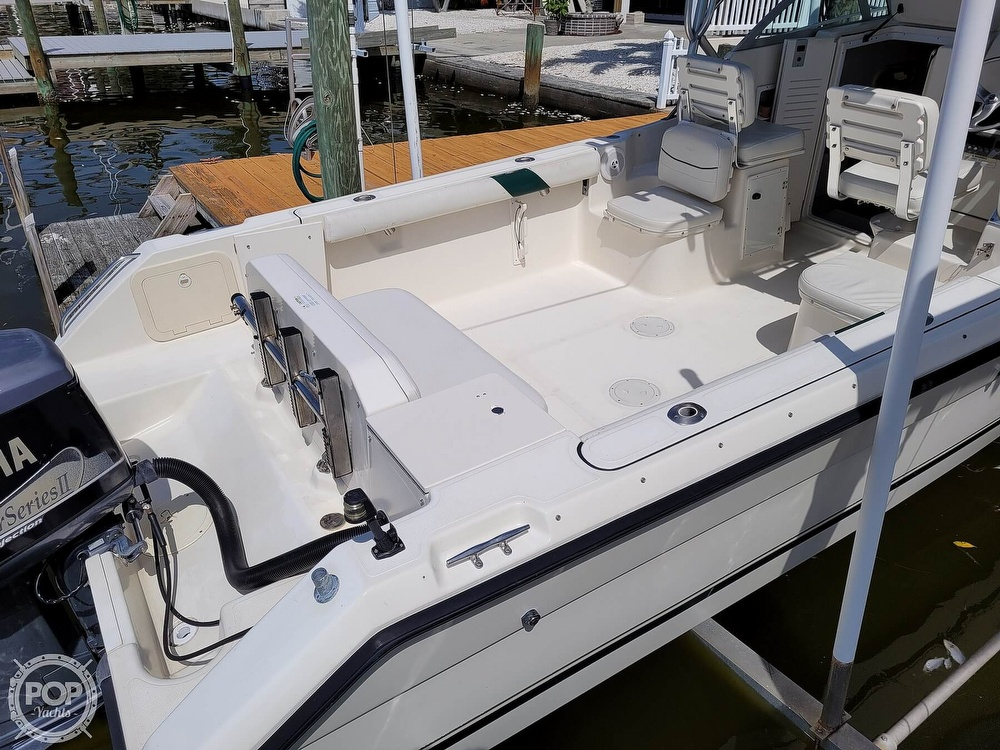 2000 Pursuit boat for sale, model of the boat is 2470 WA & Image # 12 of 40