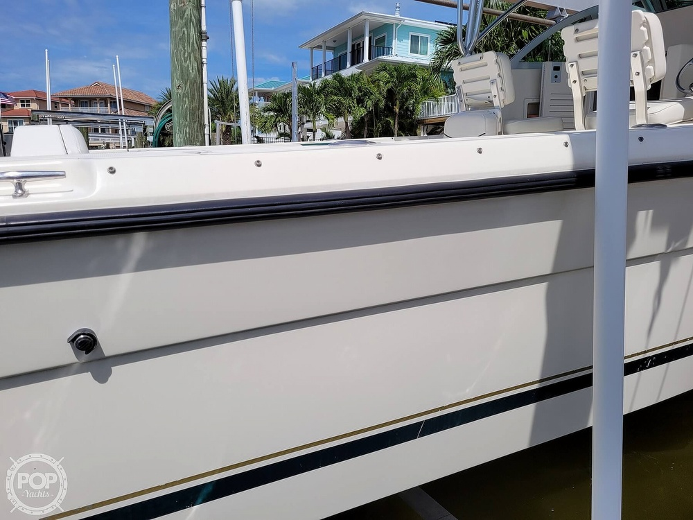 2000 Pursuit boat for sale, model of the boat is 2470 WA & Image # 16 of 40