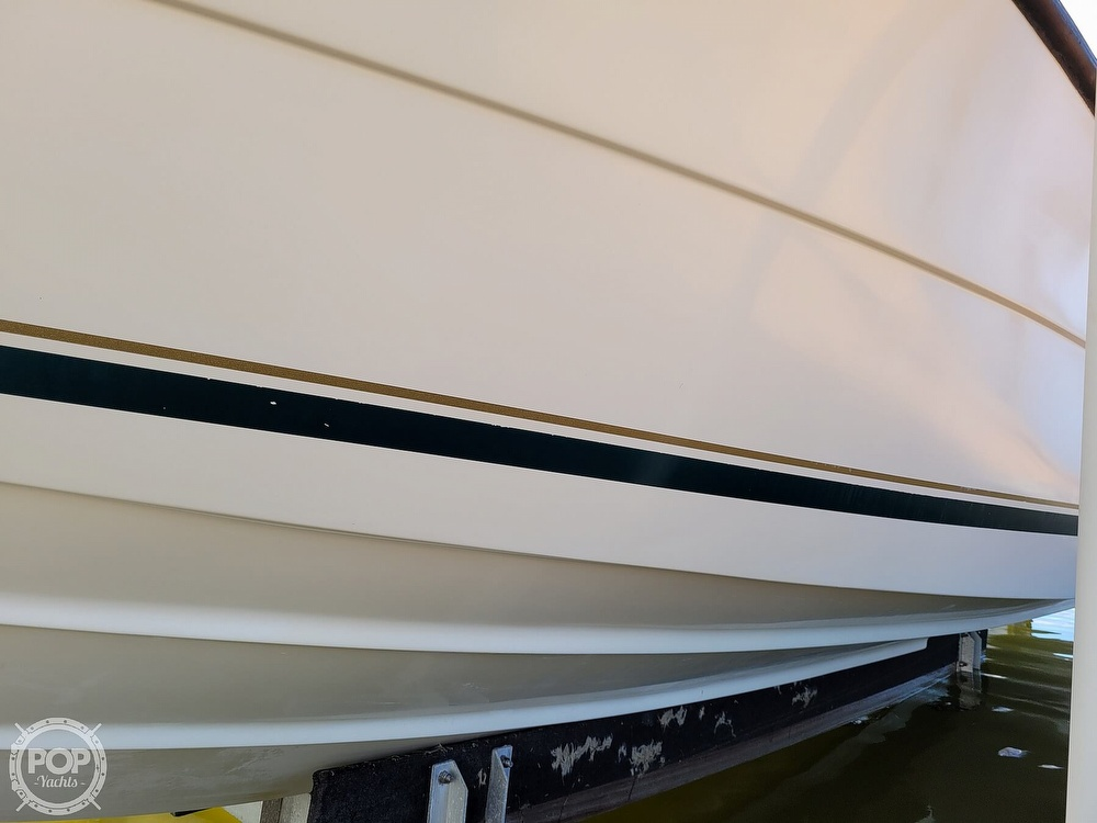 2000 Pursuit boat for sale, model of the boat is 2470 WA & Image # 29 of 40