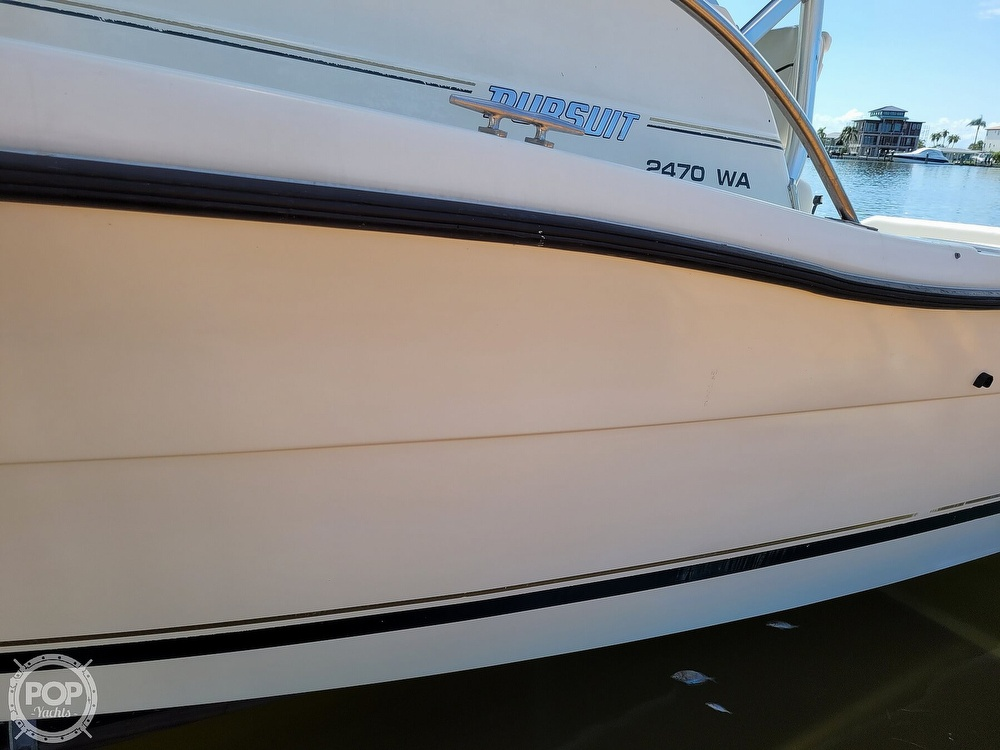 2000 Pursuit boat for sale, model of the boat is 2470 WA & Image # 30 of 40