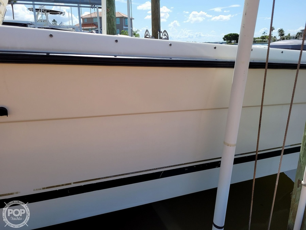2000 Pursuit boat for sale, model of the boat is 2470 WA & Image # 34 of 40