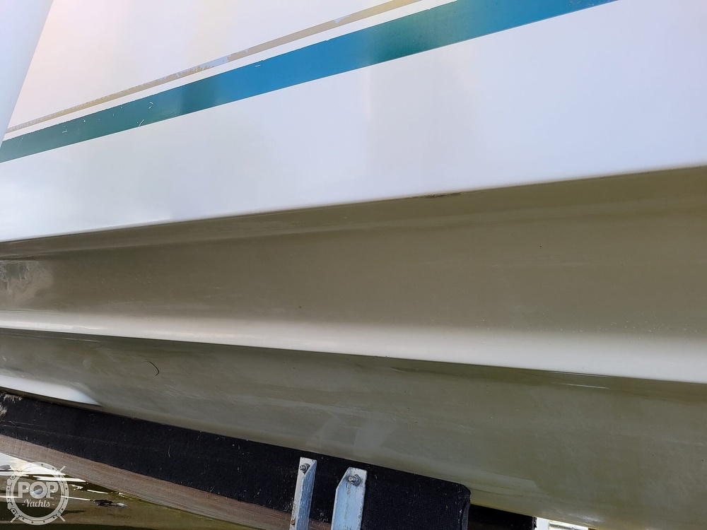 2000 Pursuit boat for sale, model of the boat is 2470 WA & Image # 37 of 40