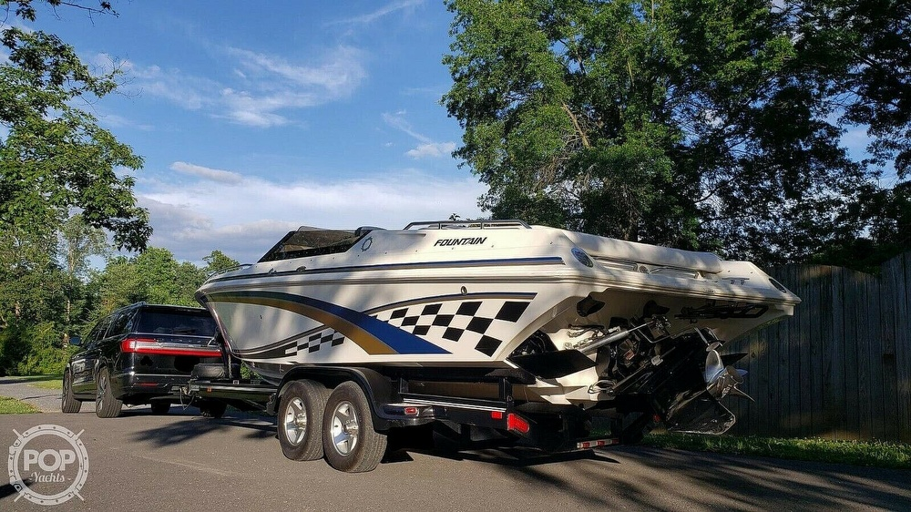1998 Fountain boat for sale, model of the boat is Fever 27 & Image # 7 of 31