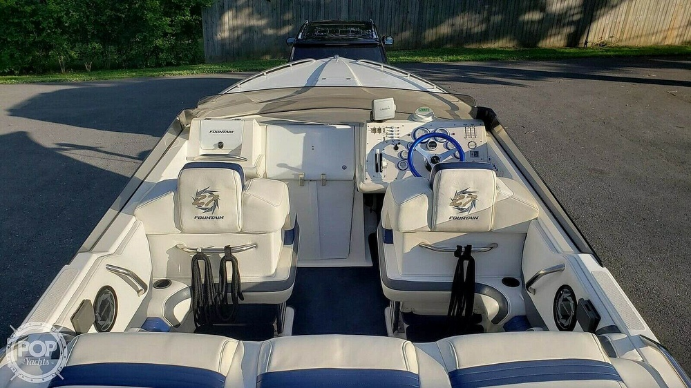 1998 Fountain boat for sale, model of the boat is Fever 27 & Image # 2 of 31