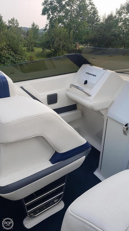 1998 Fountain boat for sale, model of the boat is Fever 27 & Image # 17 of 31