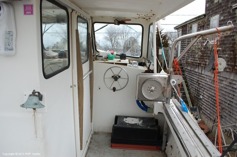 1996 Nauset boat for sale, model of the boat is 42 & Image # 16 of 40