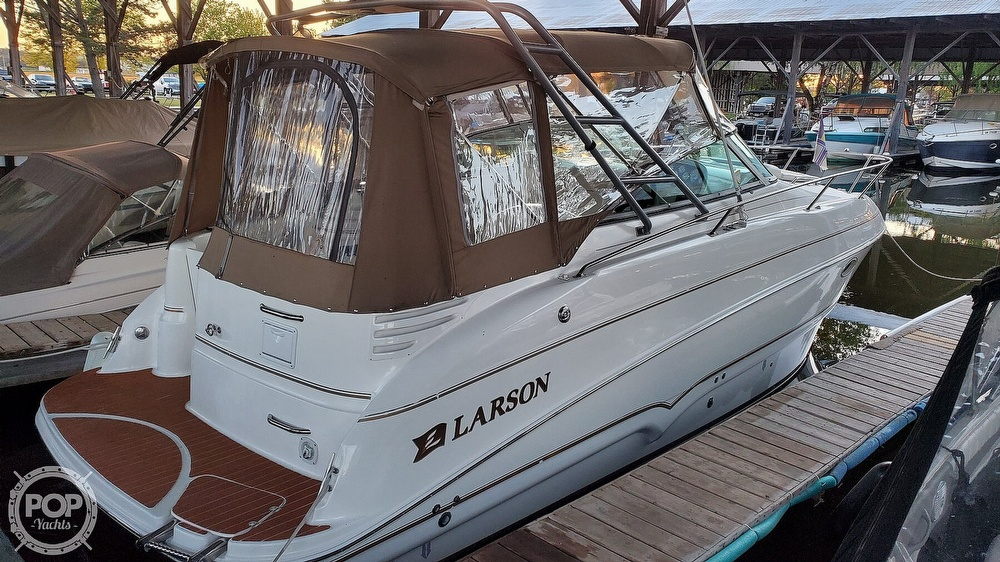 2002 Larson boat for sale, model of the boat is 274 Cabrio & Image # 7 of 40