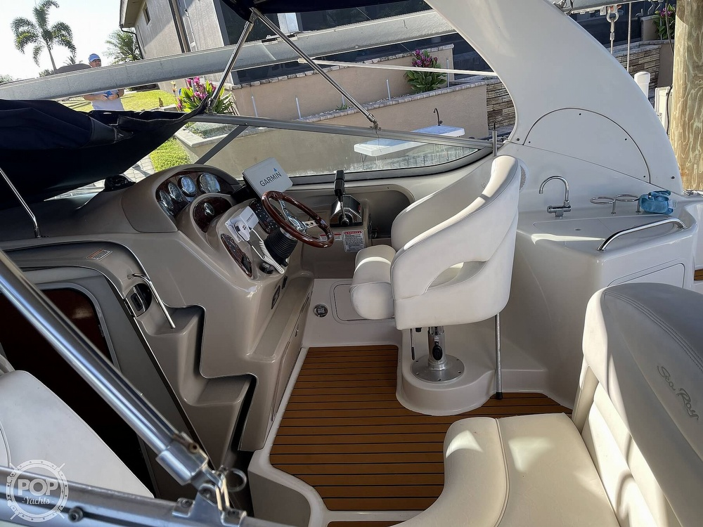 2005 Sea Ray boat for sale, model of the boat is 280 Sundancer & Image # 38 of 40