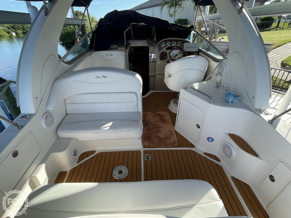 2005 Sea Ray boat for sale, model of the boat is 280 Sundancer & Image # 26 of 40