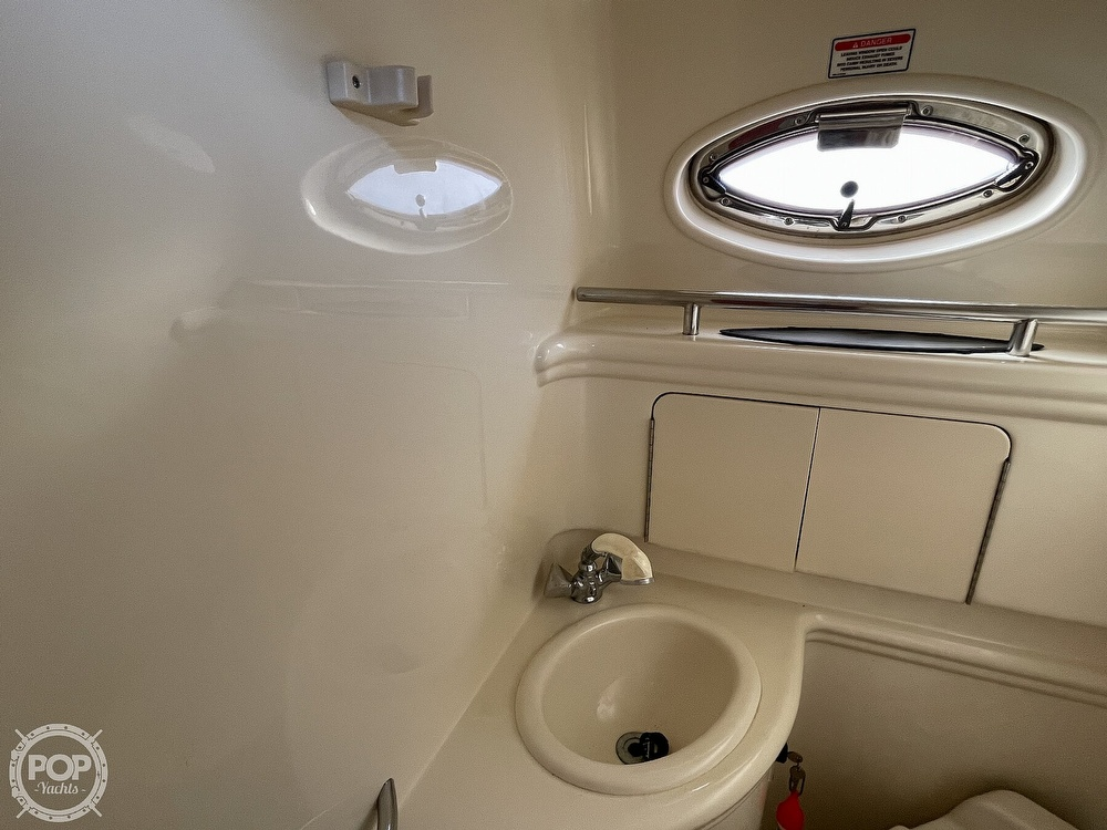2005 Sea Ray boat for sale, model of the boat is 280 Sundancer & Image # 11 of 40