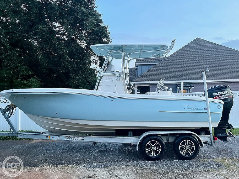 2014 Pioneer boat for sale, model of the boat is 222 Sportfish & Image # 16 of 40