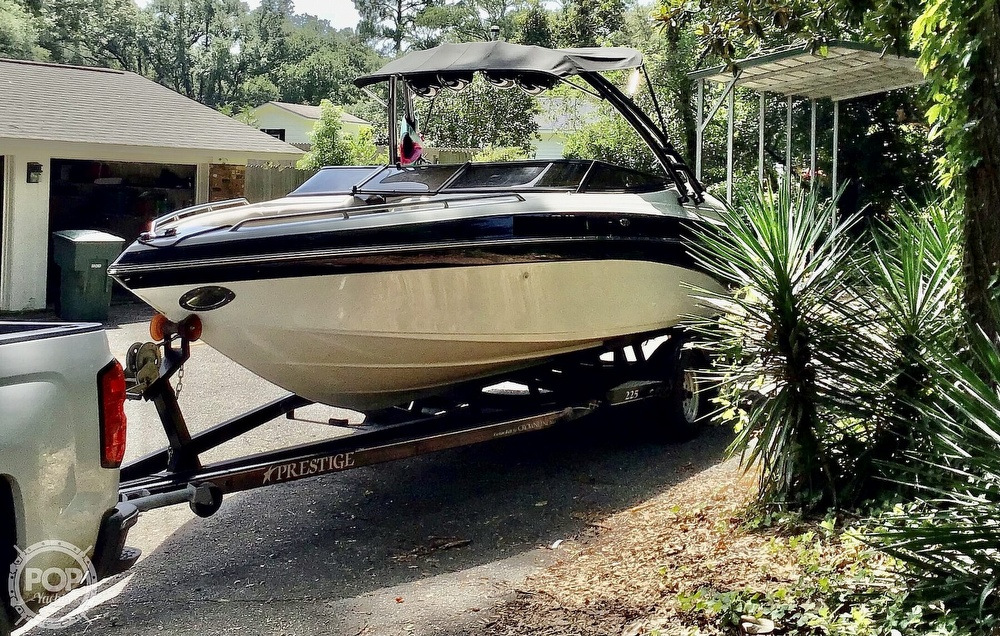 2001 Crownline boat for sale, model of the boat is 225 LPX & Image # 8 of 40