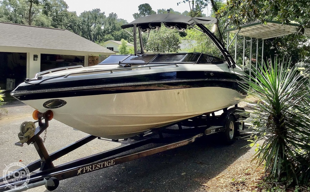 2001 Crownline boat for sale, model of the boat is 225 LPX & Image # 4 of 40