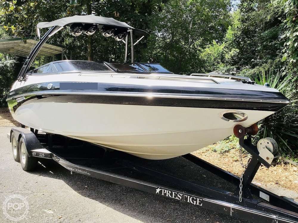 2001 Crownline boat for sale, model of the boat is 225 LPX & Image # 3 of 40