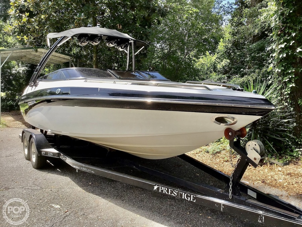 2001 Crownline boat for sale, model of the boat is 225 LPX & Image # 9 of 40