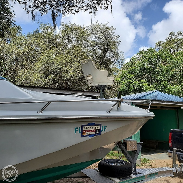 1987 Boston Whaler boat for sale, model of the boat is 2200 Temptation MPFI & Image # 13 of 40