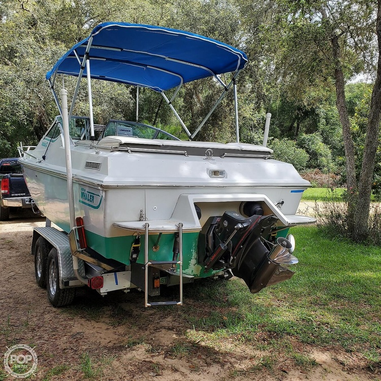 1987 Boston Whaler boat for sale, model of the boat is 2200 Temptation MPFI & Image # 2 of 40
