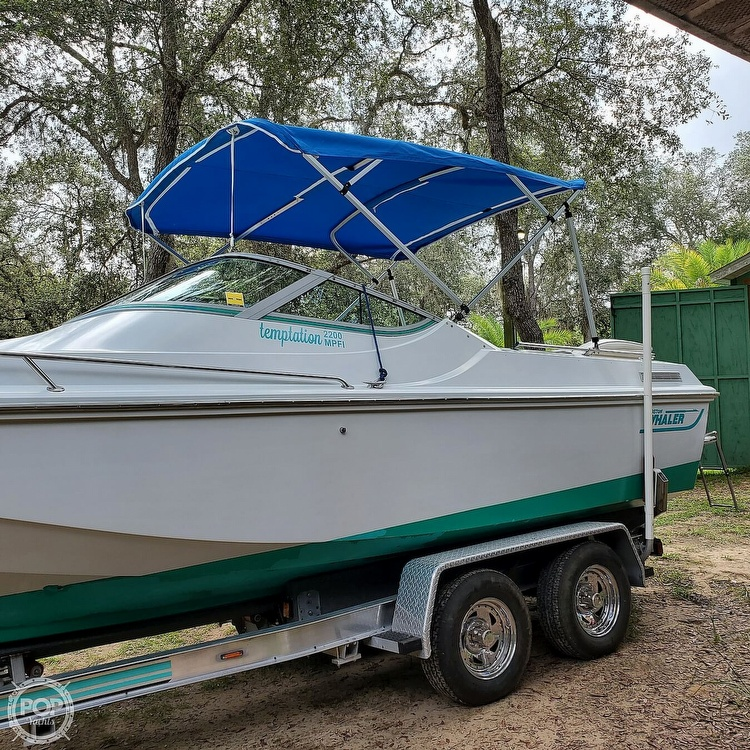 1987 Boston Whaler boat for sale, model of the boat is 2200 Temptation MPFI & Image # 24 of 40