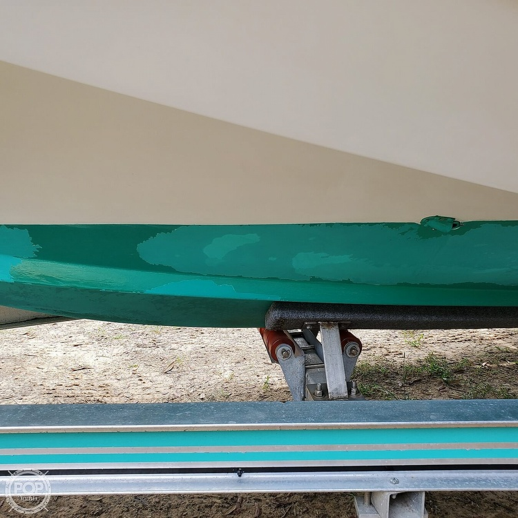 1987 Boston Whaler boat for sale, model of the boat is 2200 Temptation MPFI & Image # 26 of 40