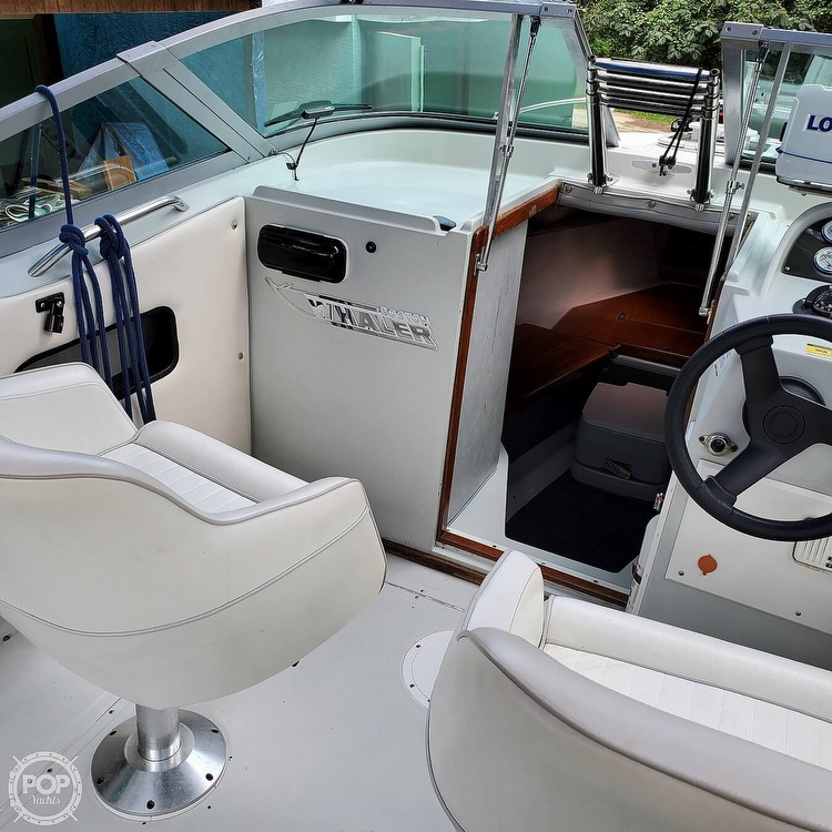 1987 Boston Whaler boat for sale, model of the boat is 2200 Temptation MPFI & Image # 6 of 40