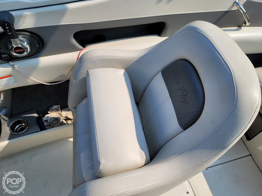 2009 Sea Ray boat for sale, model of the boat is 230 Fission Select & Image # 13 of 40