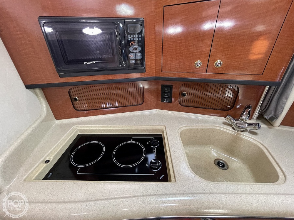 2004 Sea Ray boat for sale, model of the boat is 300 Sundancer & Image # 7 of 40