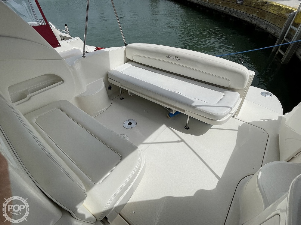 2004 Sea Ray boat for sale, model of the boat is 300 Sundancer & Image # 10 of 40
