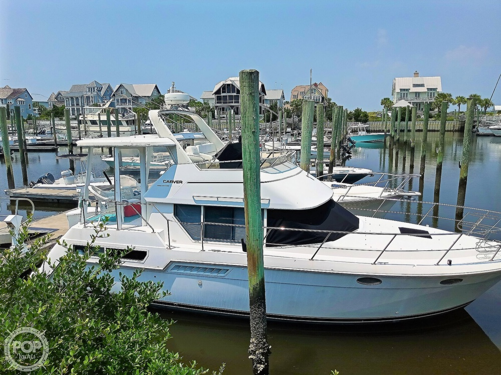 1997 Carver boat for sale, model of the boat is 355 AFT CABIN & Image # 3 of 40